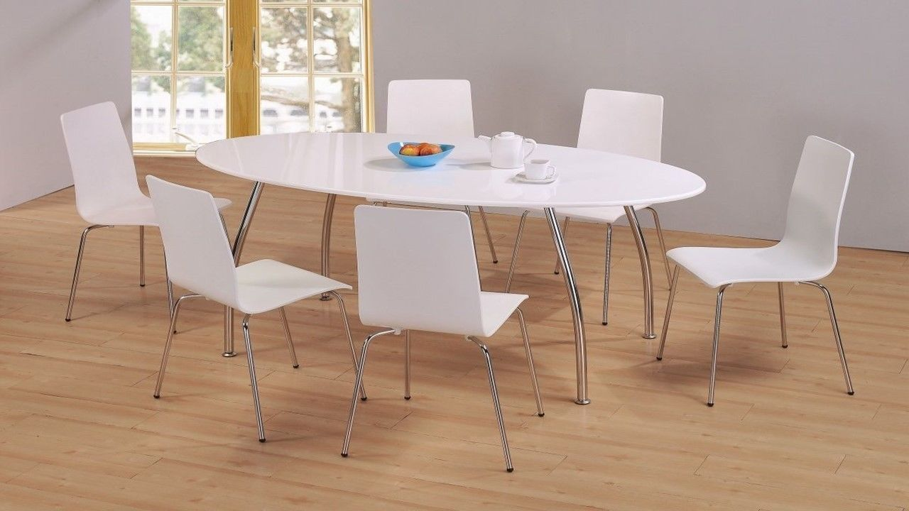 Modern white high gloss large dining table and 6 chairs for Modern high dining table