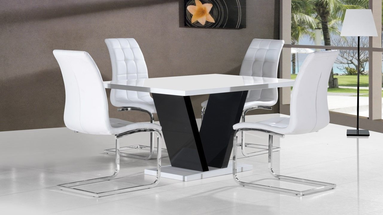 White high gloss dining table 4 chairs black base for White high gloss dining table