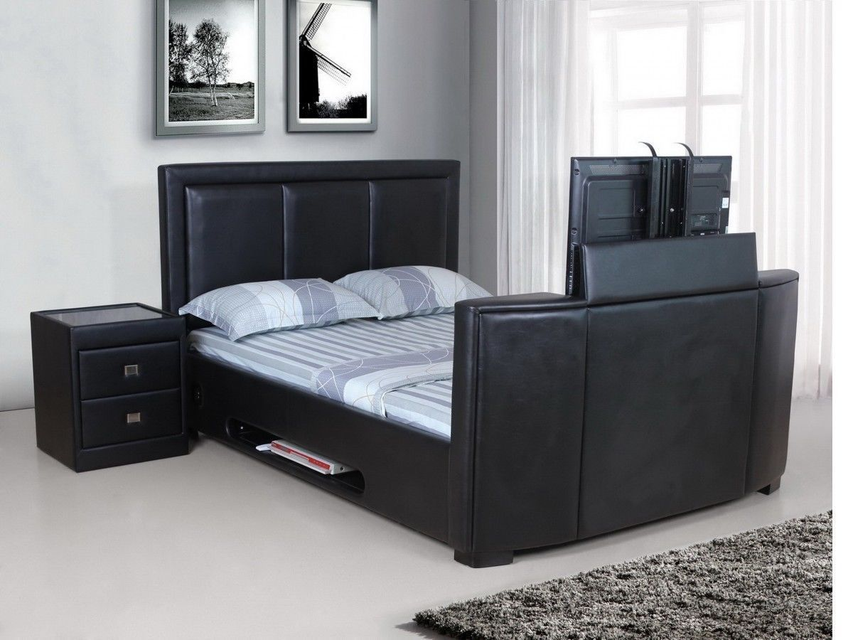 Bed with TV 1200 x 900