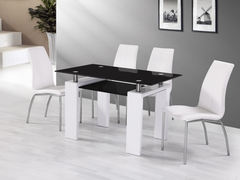 White Gloss Black Glass Dining Table And 4 Chairs Homegenies
