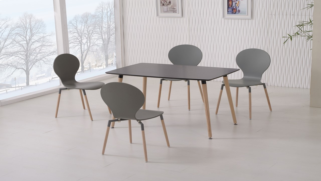 Black Dining Table and 4 Grey Chairs - Homegenies