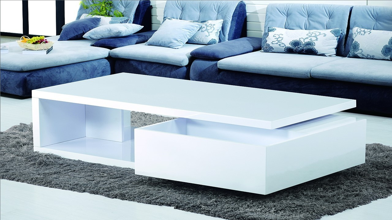 Coffee Table In High Gloss Homegenies
