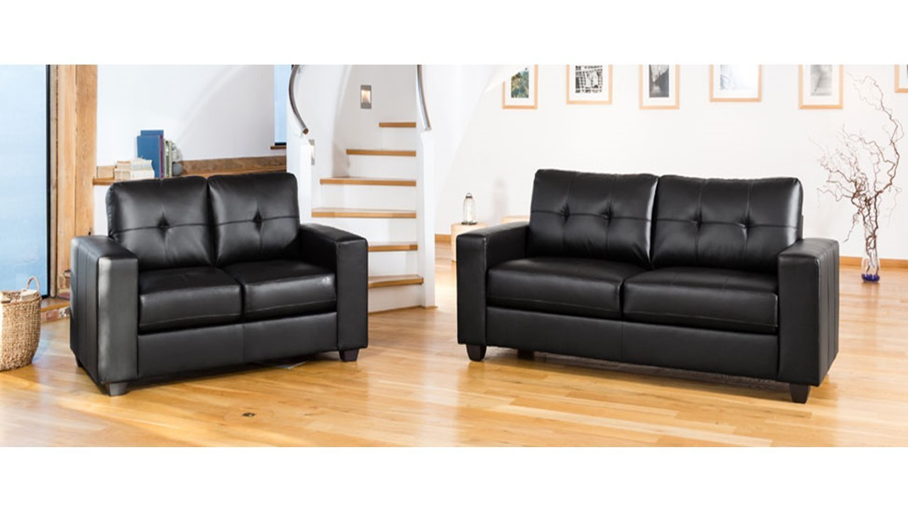 Modern black leather sofa set homegenies for Leather sofa set