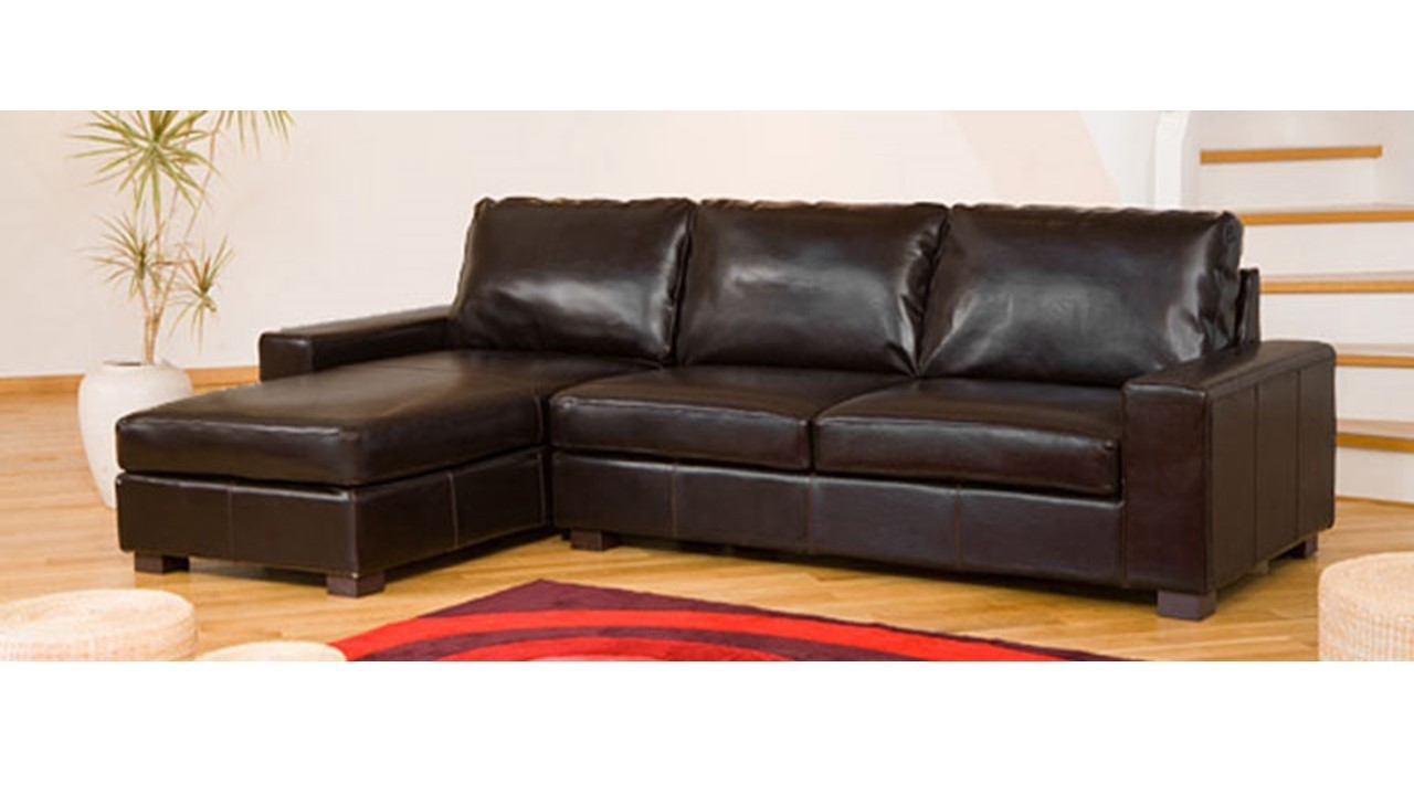Leather corner sofa in black brown cream red homegenies for Black corner sofa