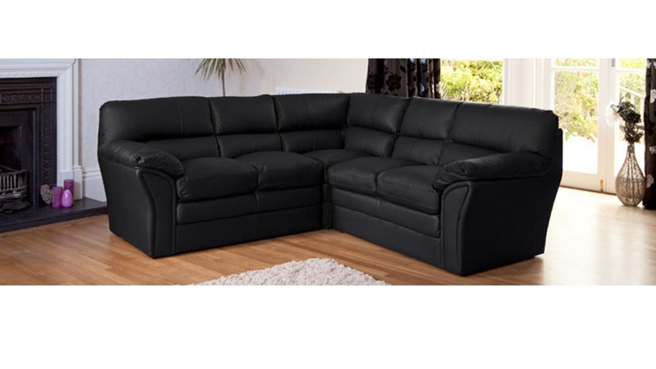 Black leather corner sofa homegenies for Black leather sectional sofa uk