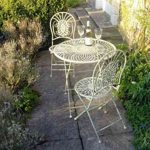 Abbey Cream Metal Bistro Tea Table and 2 Chair Set