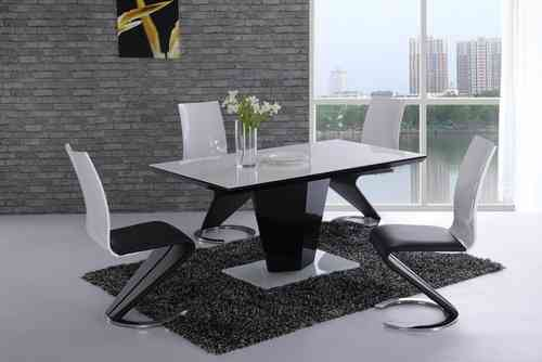 Black high gloss White glass dining table and 4 chairs