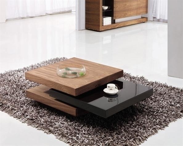 Những mẫu bàn trà đơn giản là đặc điểm nổi bật của phòng khách ngồi bệt