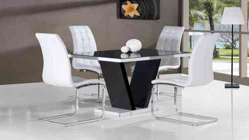 Black glass high gloss dining table and 4 chairs in black / white