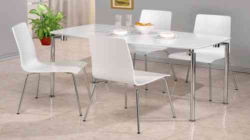 White high gloss dining table and 4 chairs