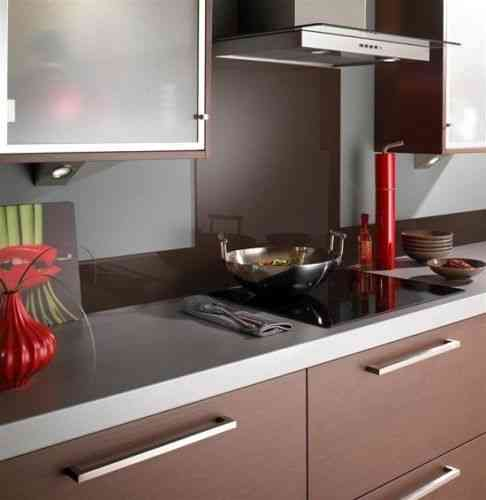 Chocolate brown glass splashback
