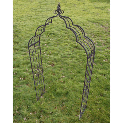 Rusty Look metal garden arch plant climber