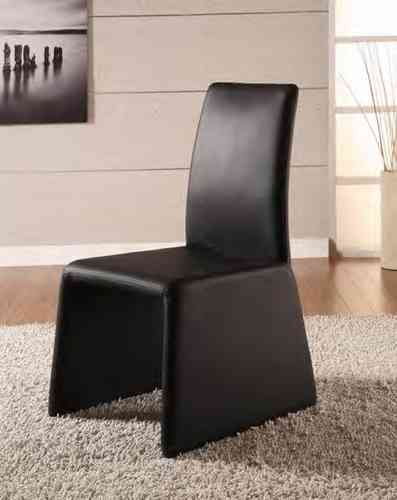 Dining chairs in Black or White x2