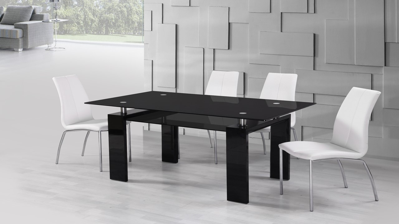 Black Glass High Gloss Dining Table And 6 White Dining Chairs