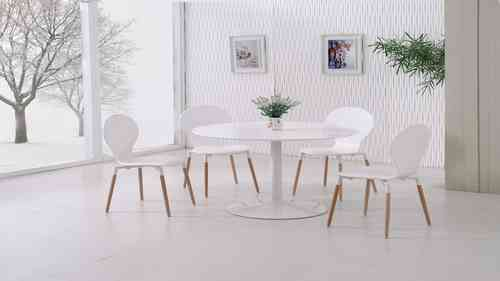 White Gloss Dining Table and 4 White Pu Chairs