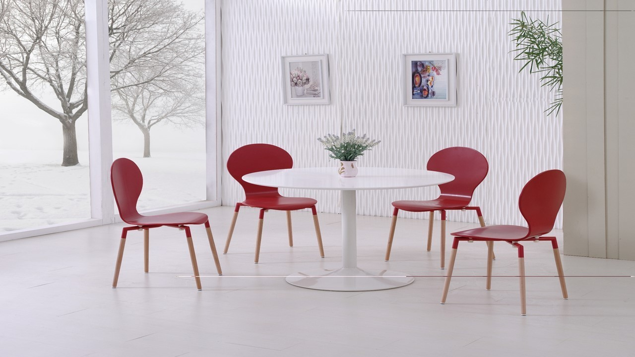 White gloss dining table and 4 red pu chairs homegenies for Red dining room table and chairs