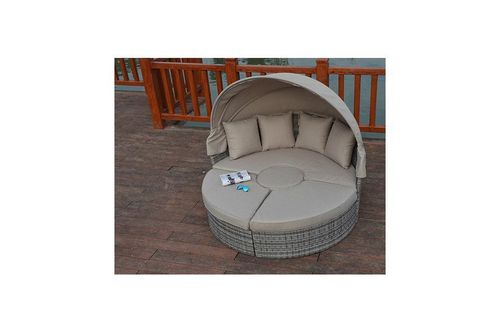 Large Rustic Rattan Grey Daybed