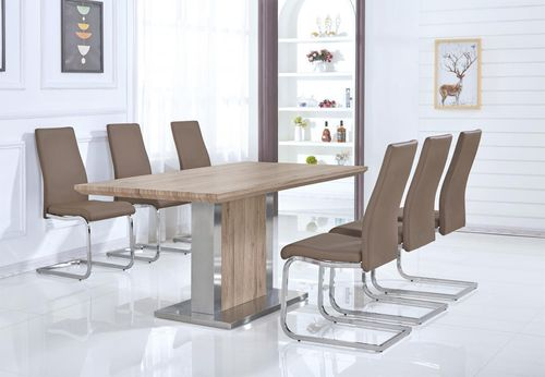 Natural oak effect dining table and 6 chairs