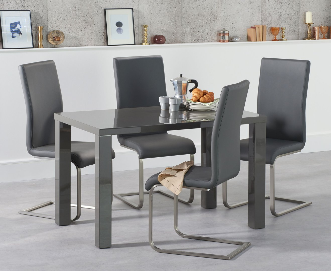 9cm Small dark grey high gloss dining table and chairs