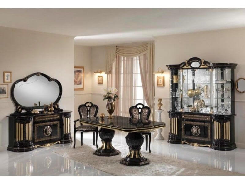 Italian dinng room furniture